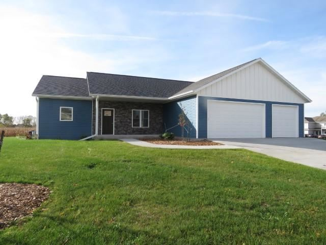208 O\'Connell St, Fox Lake, WI 53933 - MLS#: 1905608
