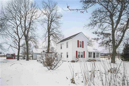 Photo of 6811 E County Road A, Janesville, WI 53546 (MLS # 1872609)