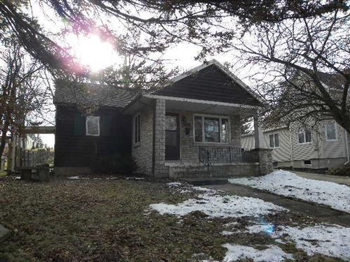 Photo of 257 Root Ave, Hartford, WI 53027 (MLS # 1673611)