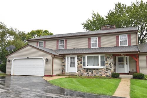 Photo of 12559 N Woodberry Dr, Mequon, WI 53092 (MLS # 1661612)