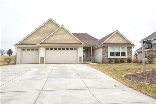 Photo of 10162 S 34th St, Franklin, WI 53132 (MLS # 1681613)