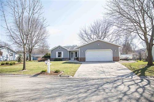 Photo of 917 Fox Ct, Fort Atkinson, WI 53538 (MLS # 1906616)