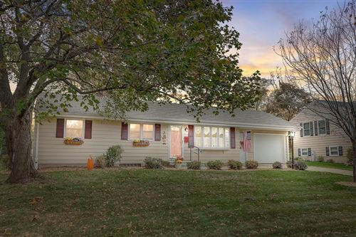 Photo of 379 E Whitefish Rd, Port Washington, WI 53074 (MLS # 1715620)