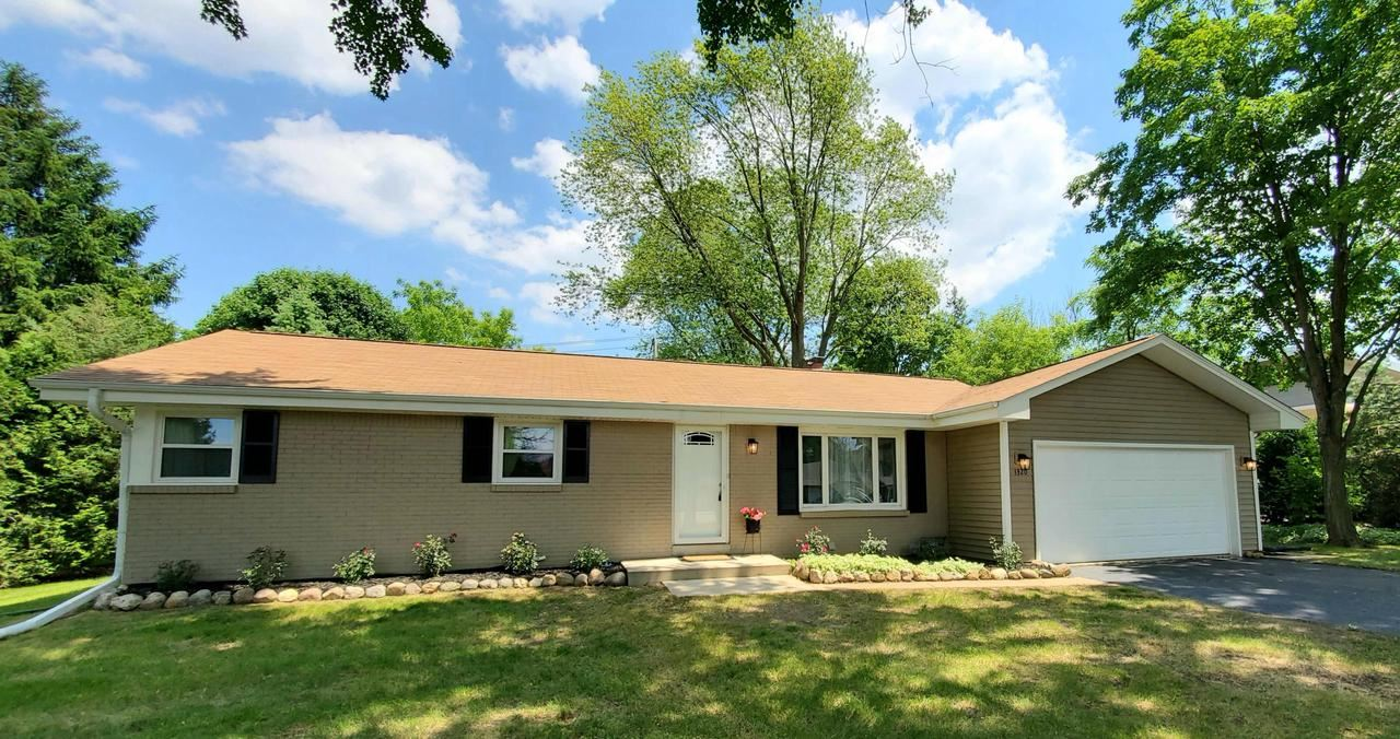 1320 Adelmann Ave, Brookfield, WI 53045 - MLS#: 1694620
