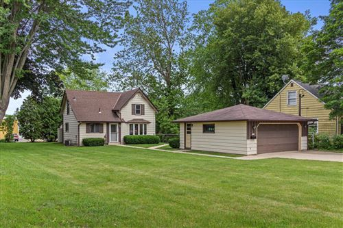 Photo of 1110 9th Ave, Grafton, WI 53024 (MLS # 1749622)
