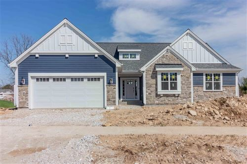 Photo of W235N6568 Outer Circle Dr, Sussex, WI 53089 (MLS # 1647624)