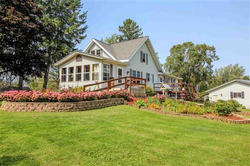 Photo of 10863 E Willow Dr, Whitewater, WI 53190 (MLS # 1893627)