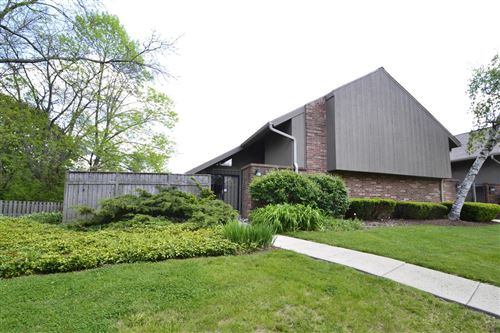Photo of 452 W Willow Ct, Fox Point, WI 53217 (MLS # 1745628)