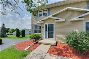 Photo of 913 N Clover Ln #A, Cottage Grove, WI 53527 (MLS # 1865629)