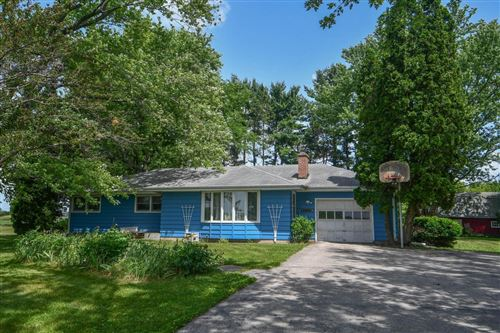Photo of 34302 Loland Dr, Waterford, WI 53185 (MLS # 1696631)