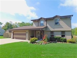 Photo of W204S10369 North Shore, Muskego, WI 53150 (MLS # 1659632)