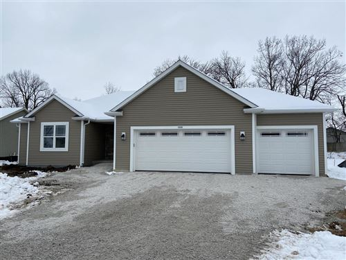 Photo of 1539 Mulberry St, Hartford, WI 53027 (MLS # 1666638)