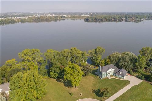 Photo of 1198 PAGES POINT ROAD, Menasha, WI 54952 (MLS # 50205645)