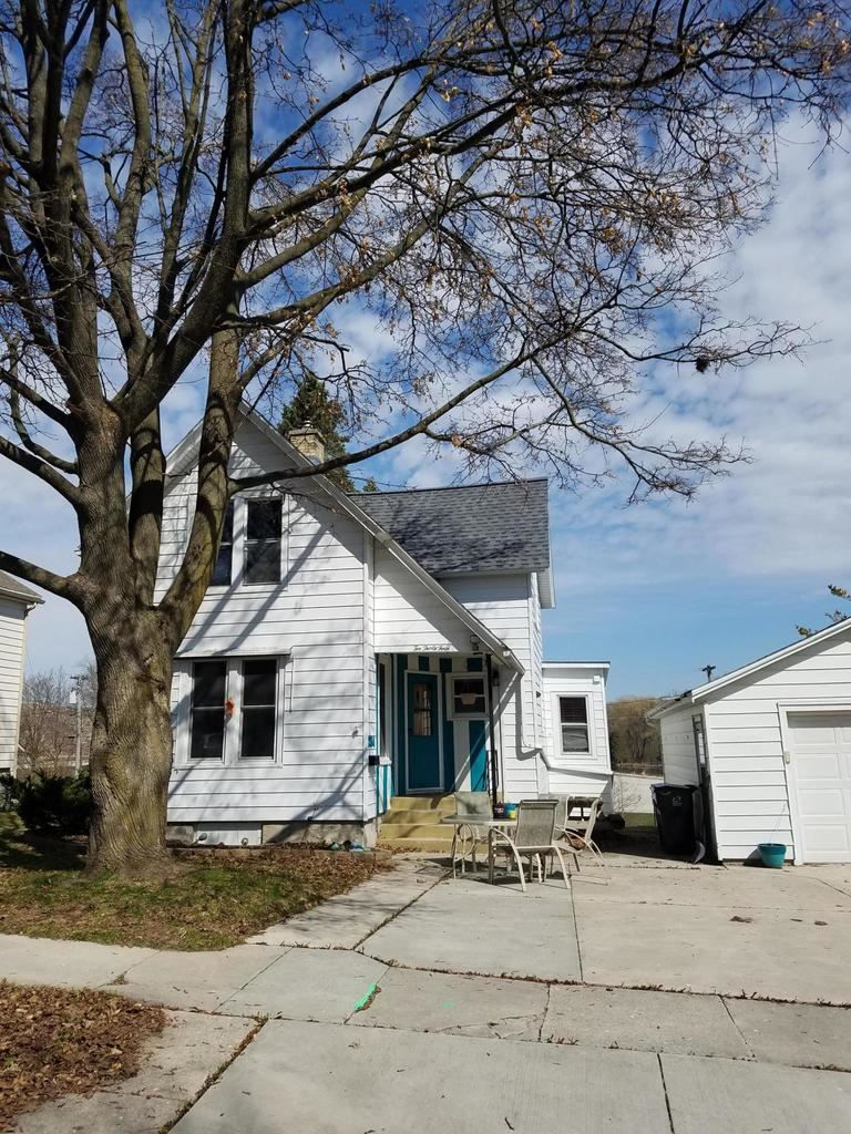 234 Edna St, Plymouth, WI 53073 - MLS#: 1674647