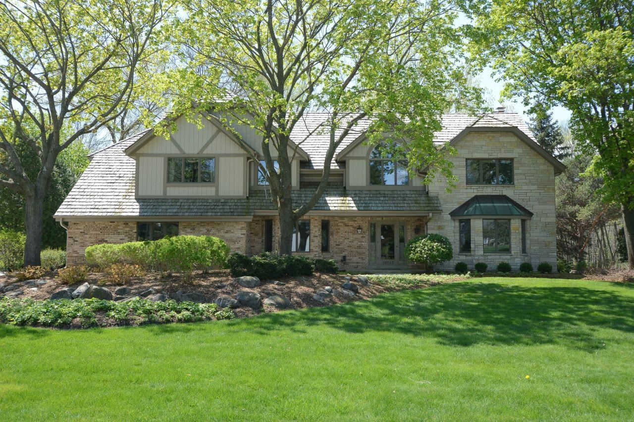 19745 Independence Dr, Brookfield, WI 53045 - MLS#: 1696648