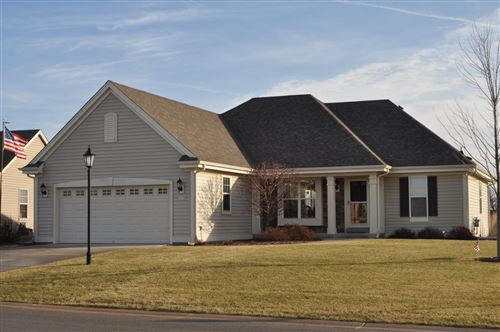 Photo of 1672 Thomas Dr, East Troy, WI 53120 (MLS # 1671649)