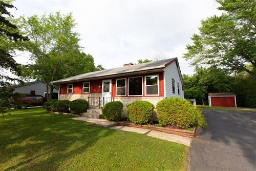 Photo of 7354 S 36th St, Franklin, WI 53132 (MLS # 1752651)