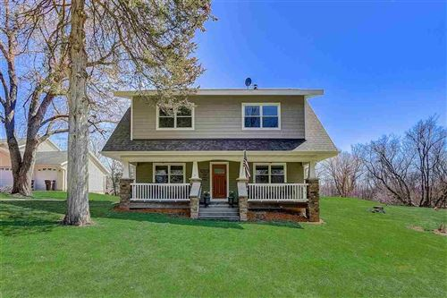 Photo of N7104 North Shore Rd, Lake Mills, WI 53551 (MLS # 1905653)