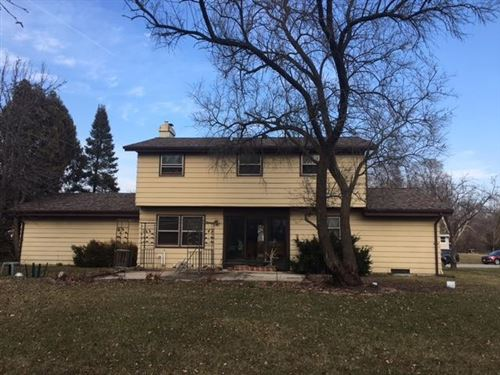 Photo of S77W17605 St Leonards Dr, Muskego, WI 53150 (MLS # 1672656)