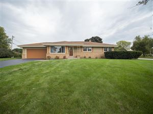 Photo of 4725 W Fountain Ave, Brown Deer, WI 53223 (MLS # 1664658)