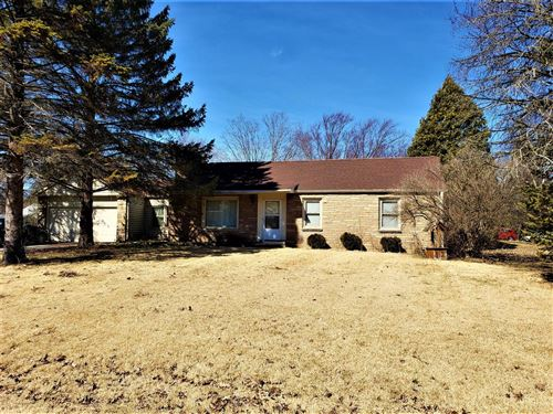 Photo of 14206 W Gatewood Dr, New Berlin, WI 53151 (MLS # 1681658)