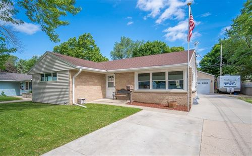 Photo of 1412 Beverly Ln, West Bend, WI 53090 (MLS # 1694665)