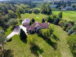 Photo of S67W21247 Tans Dr, Muskego, WI 53150 (MLS # 1659667)