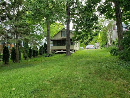 Photo of 4600 Empire Ln, Waterford, WI 53185 (MLS # 1751668)
