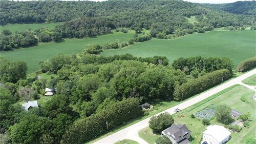 Photo of 21903 S WEATHER EDGE CIR #282, LANNON, WI 53046 (MLS # 1556669)