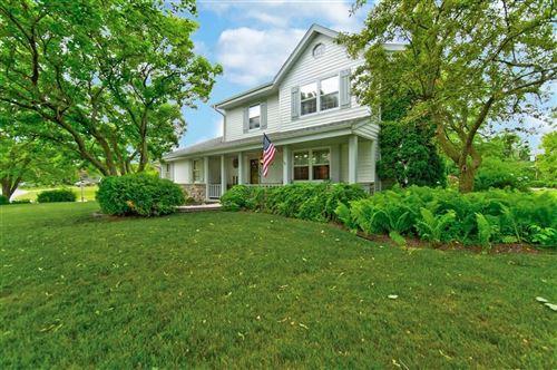 Photo of N104W16171 Hedge Way, Germantown, WI 53022 (MLS # 1696670)