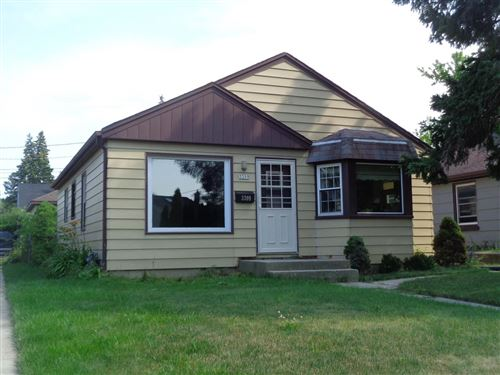 Photo of 3209 W Lynndale Ave, Greenfield, WI 53221 (MLS # 1753670)