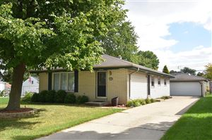 Photo of 4242 S 91st PL, Greenfield, WI 53228 (MLS # 1657671)