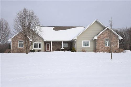 Photo of W330S8570 Isabelle Dr, Mukwonago, WI 53149 (MLS # 1724675)
