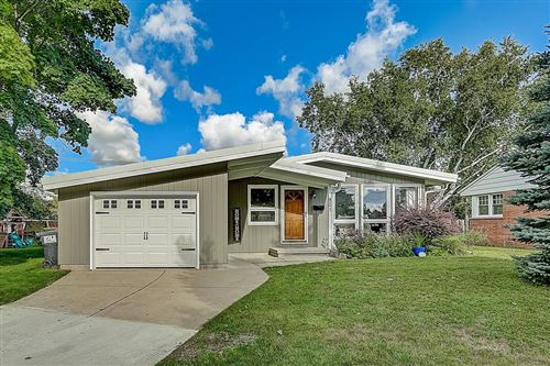 Photo of 901 N Stanford St, Port Washington, WI 53074 (MLS # 1725676)