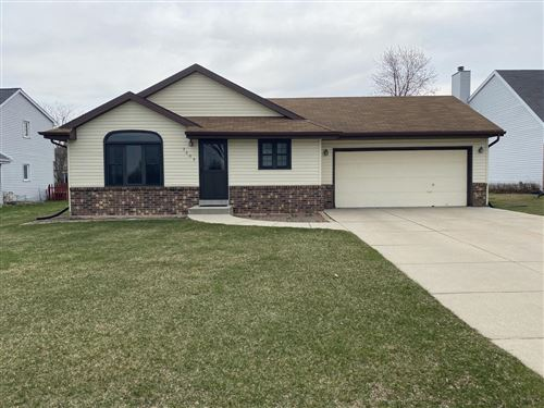Photo of 3609 15th Ave, South Milwaukee, WI 53172 (MLS # 1733677)