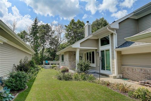Photo of 3183 S Waterford Ct, New Berlin, WI 53151 (MLS # 1694678)