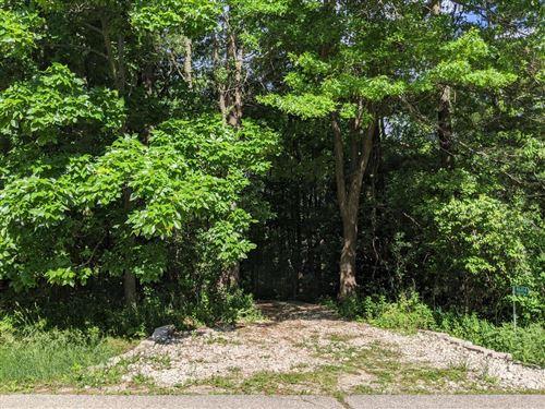 Photo of N6414 Candlewood Ln, Elkhorn, WI 53121 (MLS # 1693680)