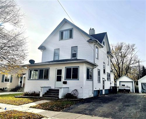 Photo of 624 Grant St, Fort Atkinson, WI 53538 (MLS # 1914681)