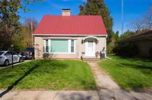 Photo of 611 Greenfield Ave, Beaver Dam, WI 53916 (MLS # 1856682)