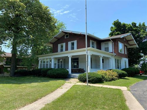 Photo of 910 Whitewater Ave, Fort Atkinson, WI 53538 (MLS # 1750683)