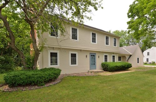 Photo of 2700 Manor Ave, Mount Pleasant, WI 53406 (MLS # 1752684)