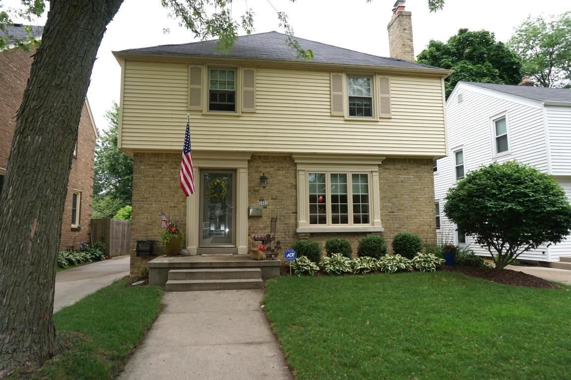 5063 N Diversey Blvd, Whitefish Bay, WI 53217 - MLS#: 1690684