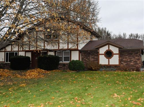 Photo of W162S7406 Charlotte Ct, Muskego, WI 53150 (MLS # 1667685)