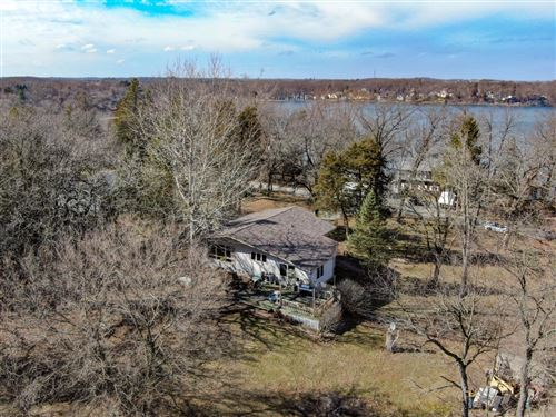 Photo of 33117 80th St, Burlington, WI 53105 (MLS # 1682686)