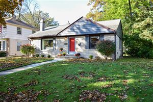 Photo of 513 N 70th St, Wauwatosa, WI 53213 (MLS # 1665687)