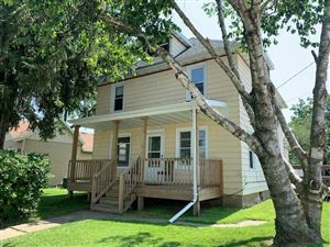 Photo of 813 Madison St, Beaver Dam, WI 53916 (MLS # 1862694)