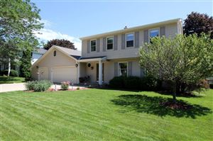 Photo of 15985 W Cynthia Dr, New Berlin, WI 53151 (MLS # 1647695)