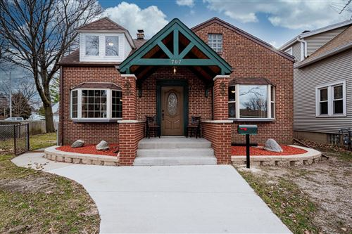 Photo of 707 Sycamore Ave, South Milwaukee, WI 53172 (MLS # 1721696)
