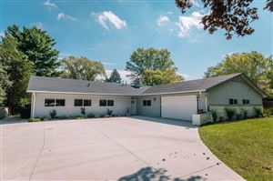 Photo of 6920 S Phyllis Ln, Franklin, WI 53132 (MLS # 1658698)