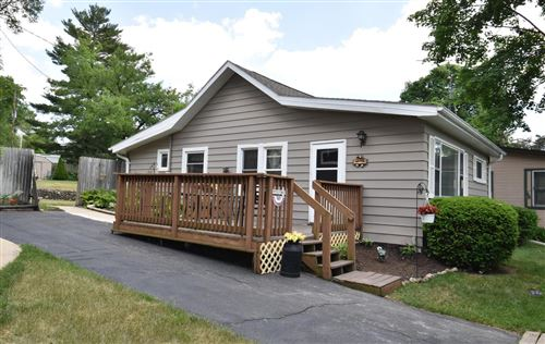Photo of 3415 Fischer Dr, Burlington, WI 53105 (MLS # 1694699)